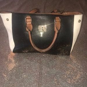 🐝 Call it Spring Handbag